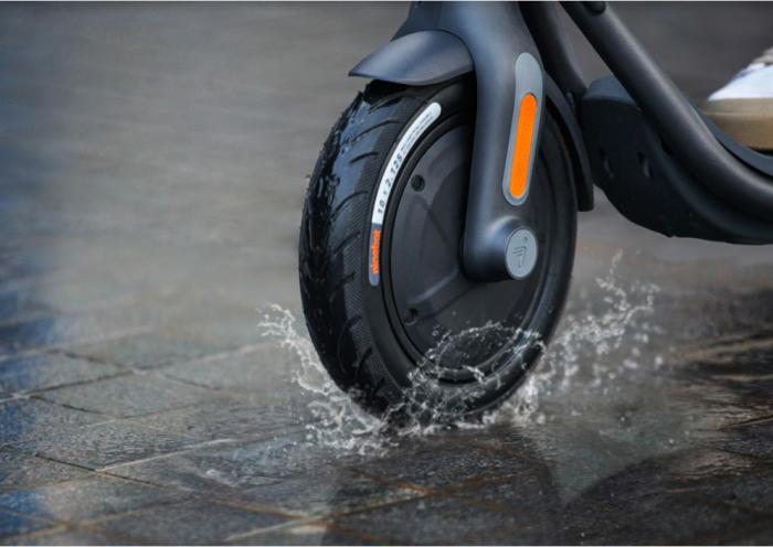 Электросамокат Xiaomi Ninebot KickScooter (F40)